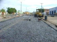 Obras de asfalto da avenida já fazem cinco meses
