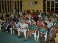 Público na reunião