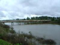 Ponte sobre o rio Longa