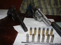 Armas e munições