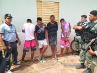 policiais-com-os-acusados-presos-em-jose-de-freitas-235448