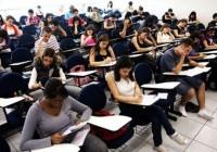 NOT-exame-nacional-do-ensino-medio-2014-recebeu-635-mil-inscricoes-nas-primeiras-24-horas1400003405_460_322