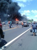 acidente-entre-caminhao-e-onibus-289354