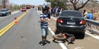 acidente-entre-carro-e-moto-deixa-dois-mortos-336561